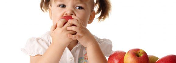 copilul nu mananca fructe