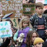 Elevii și studenții din întreaga Europă s-au unit pentru a salva mediul de o catastrofă ecologică